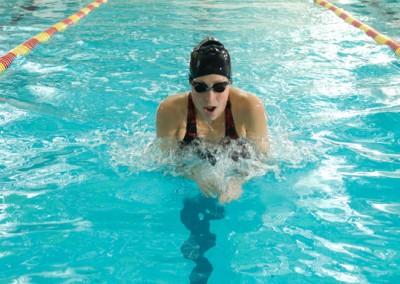 Erica Price Swimming 700 x 383