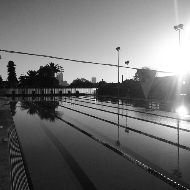 Anyone else's pool this beautiful at sunset? #pool #wapools #perthlife #perthpool #perthcollege #perthcityswimclub #perthcity
