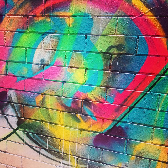 Artwork on the way to an awesome yoga class from Wednesday with @alibaba_84 @beyondbeingyoga #beautiful #summercolours #graffiti #lunchtimeyoga