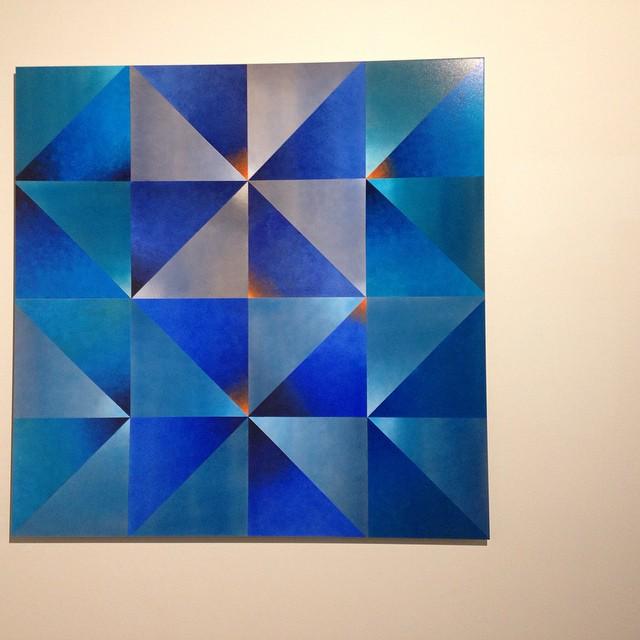 Cool artwork at Vasse Felix @kaereb #wawines #waart #geometricartwork #oceancolours #vassefelix #artgallery